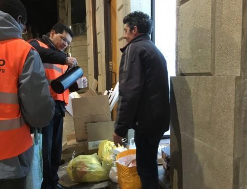 Los Ángeles de la Noche ayudan a más de 400 personas a la semana